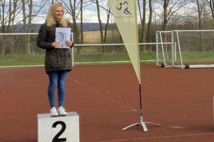 Verena Krois vom SC Borchen erläuft beim 28. Sälzerlauf den 2. Platz